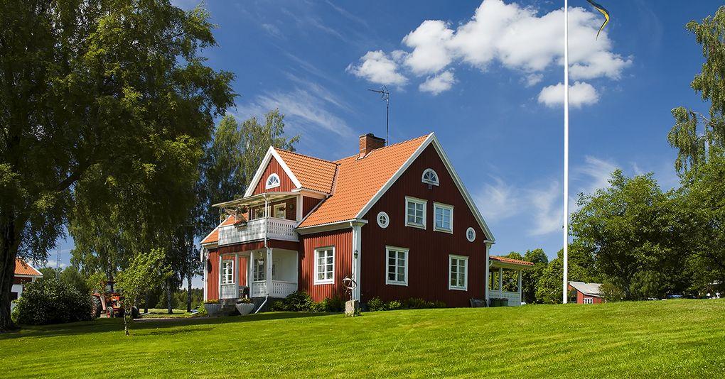 besikta hus innan köp