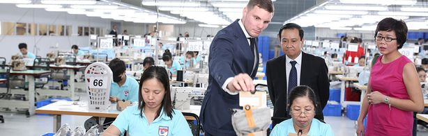 Hestra öppnar ny fabrik i Vietnam - Nyheter - Sportfack fc3a48adb42c8