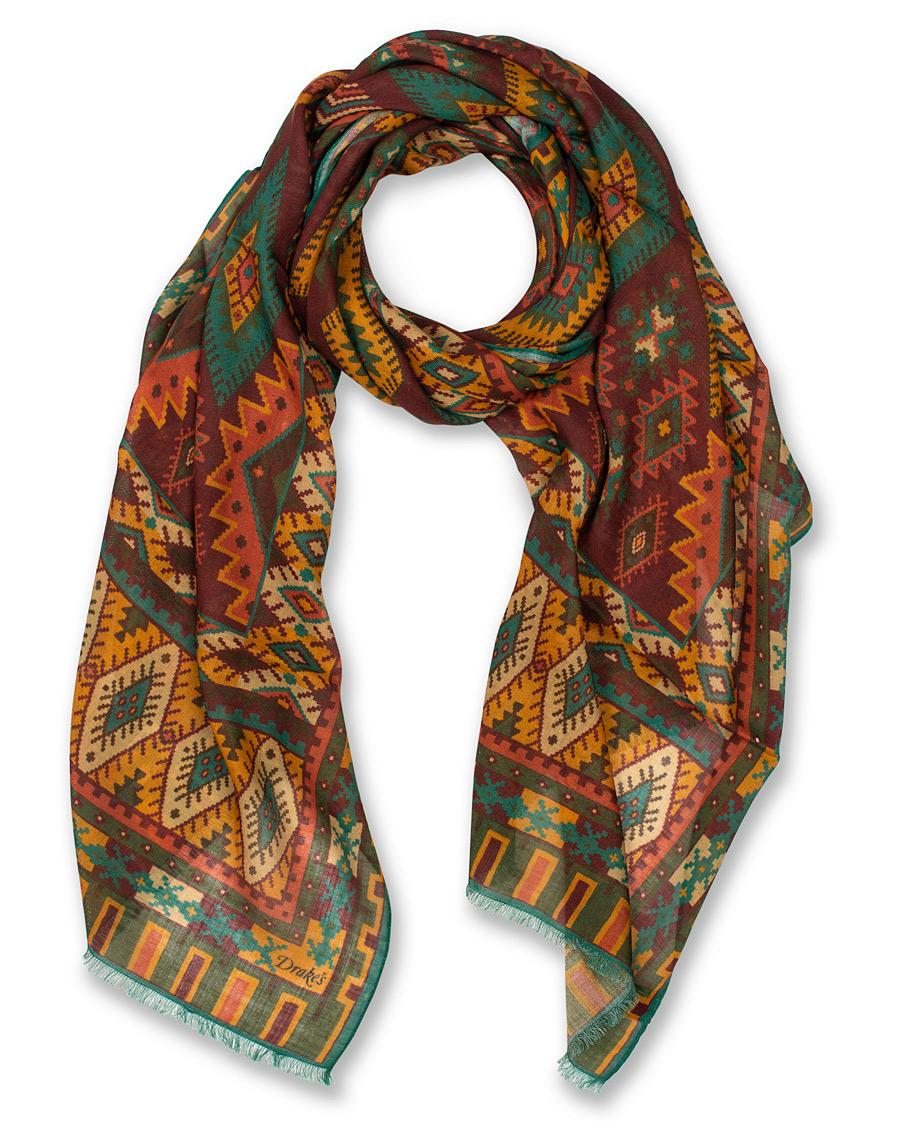 Drake´s klassiska Kelim scarfs med mycket färg och mönster. c35d5015a30a4