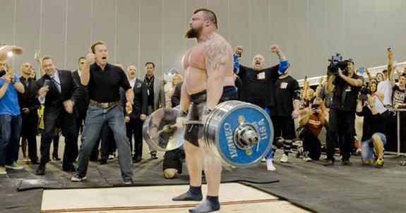 Rekordmarklyft av strongman!