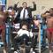 Politiker raggar Muscle Beach-röster