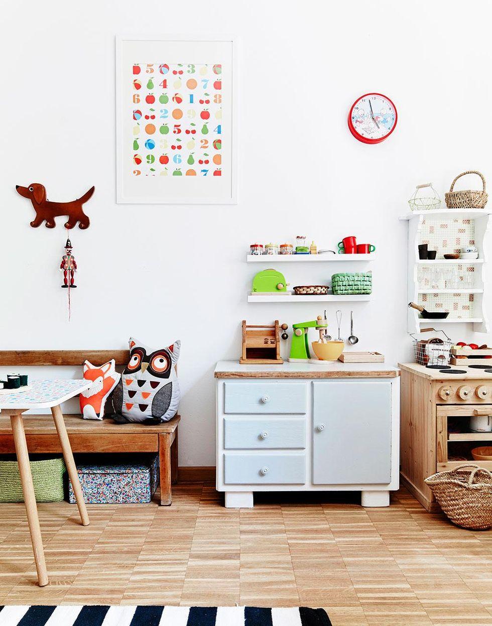 ljus rymd och mezzaninv ning det h r huset har allt hus hem. Black Bedroom Furniture Sets. Home Design Ideas