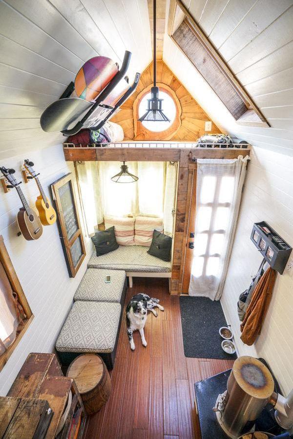 17 kvadratmeter imponerande minihus p hjul hus hem - Tiny house interni ...