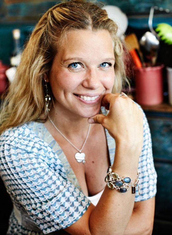 Emma hamberg författare