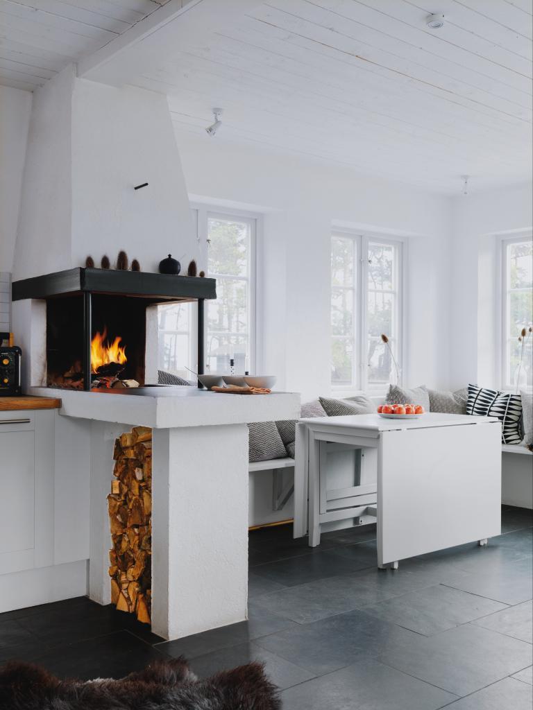 Hemtrevligt Kok : Familjen eldar i spisen oret om Hokan har ritat och murat klacken