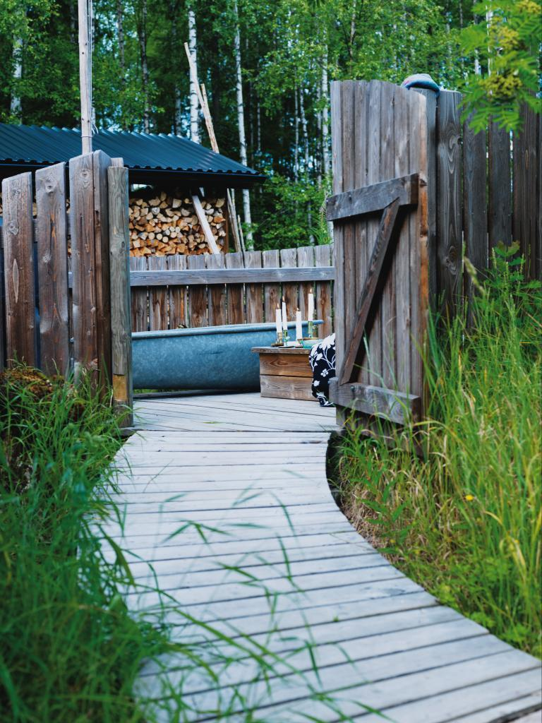Trädgård plank trädgård : Scen-sommar i trädgÃ¥rden – Hus & Hem