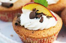Muffins med choklad och persika