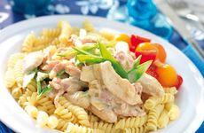 Krämig kycklingsås med pasta