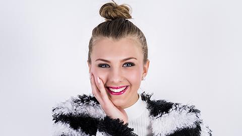Julias stjärnskott-vinnare 2015 släpper sin debutsingel!
