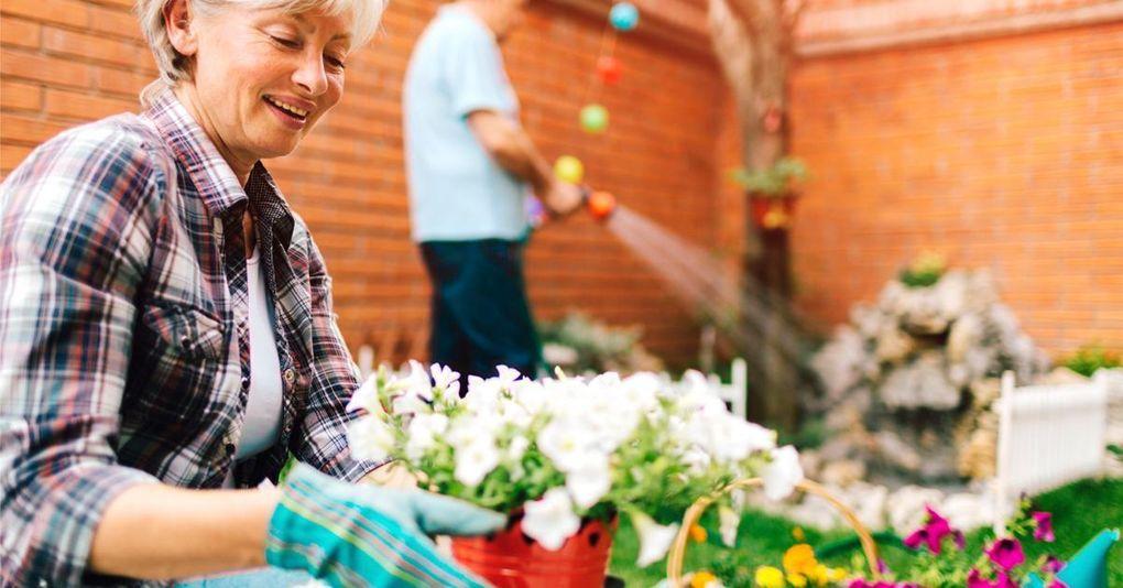 Ny studie: Läkare borde ordinera trädgårdsarbete