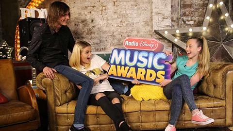Ladda upp inför 2016 Radio Disney Music Awards med Filip Gisslén!