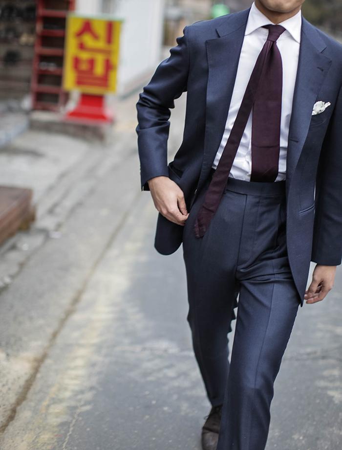 klädkod svart kostym