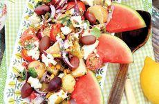 Potatissallad med fetaost och vattenmelon