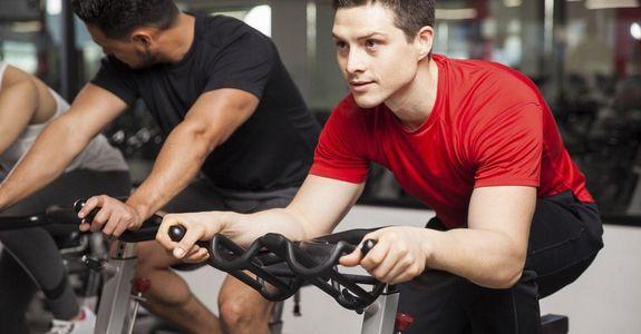 Går det att kombinera konditionsträning och muskelbyggning?