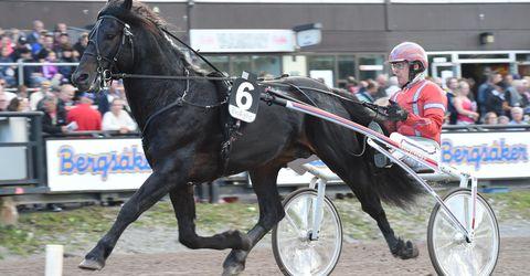 27 juli 2016 Östersund (V86)