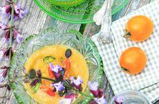 Solgul tomatsoppa