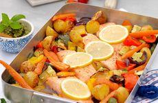 Lax med mandelpesto och grönsaker