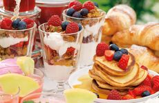 Njut av härlig sommarfrukost