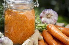 Mjölksyrade morötter med ingefära och vitlök