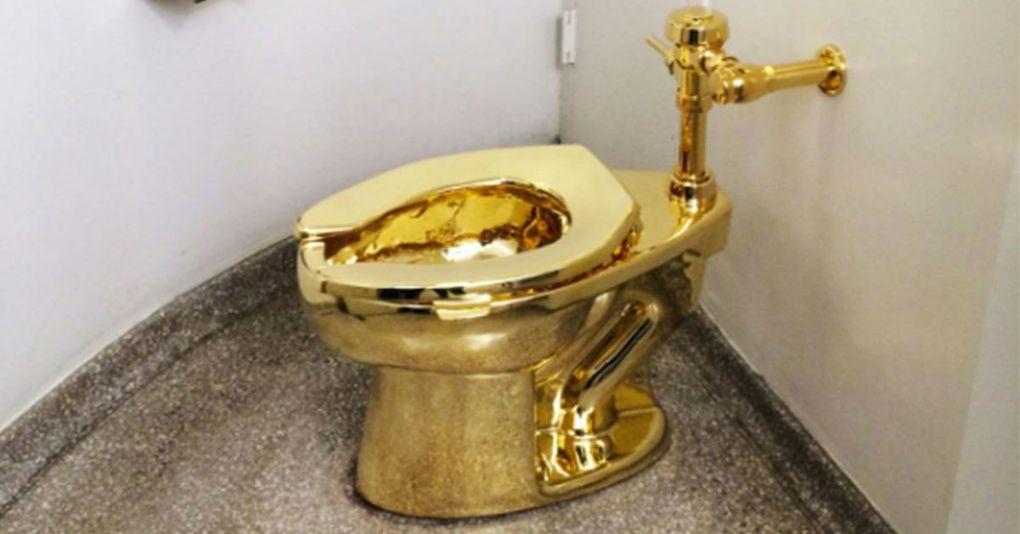 Nu kan du få chansen att uträtta dina behov på en gyllene tron