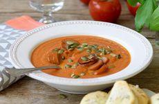 Tomatsoppa med chorizo