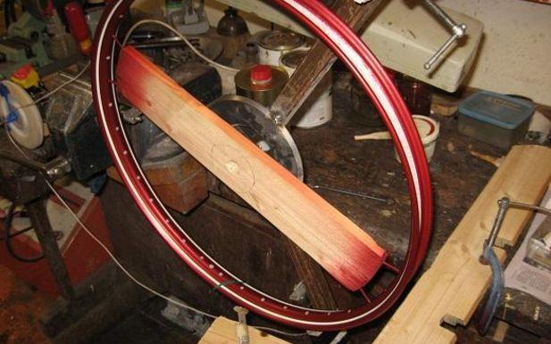 Läsartipset: Randa mopedfälgen själv