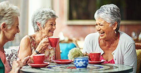Forskare: Goda vänner och familjen hjälper oss att leva längre