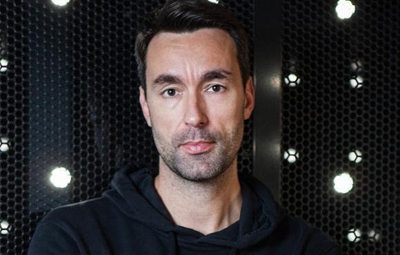 Mäktig svensk i spelbranschen