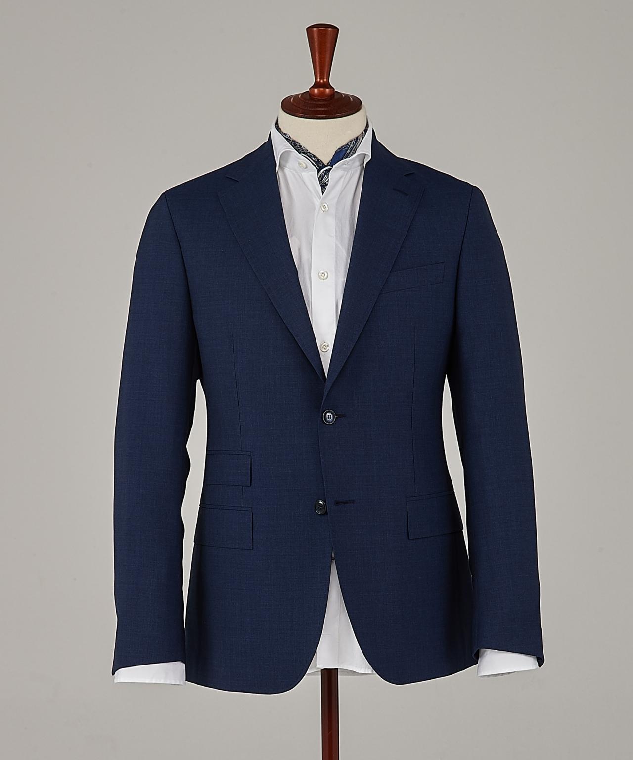 Modellen Frank i mörkblå ull från Morris Heritage. c27a526420f03