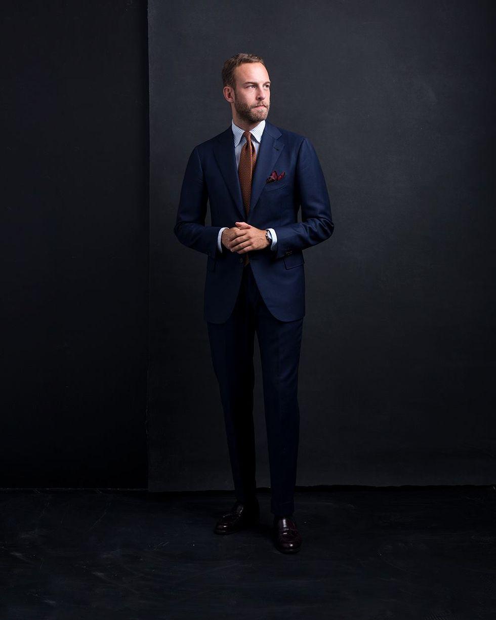 Måttsydd kostym från Cesare Attolini. En personlig favorit i garderoben. b82122e34d406