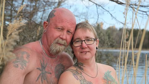 Naken I Sverige