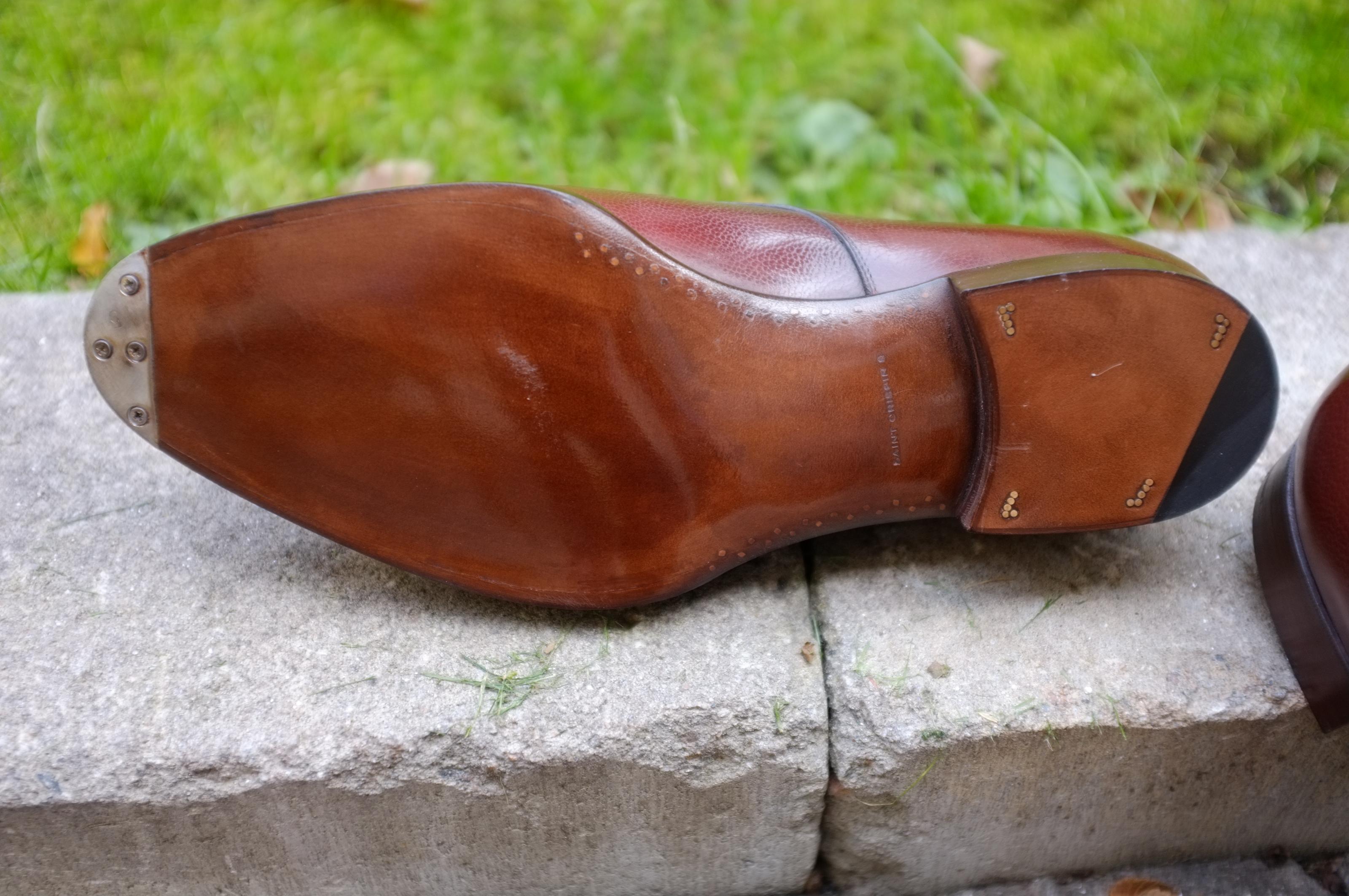 Saint Crispins lädersula med infällda tåjärn som känns lika genomarbetad  som ovanlädret. c80ed32edaf2e