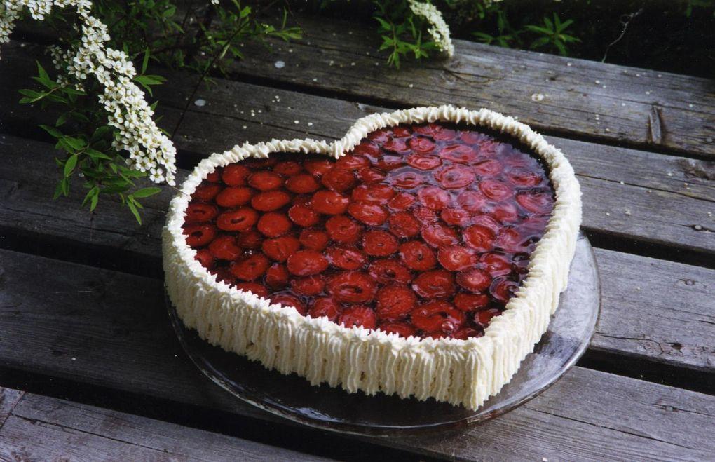 """180fc36f33ea Den här tårtan har blivit något av vårt """"paradnummer"""". Min man Stig och"""