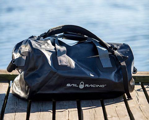 Test: Detta är bästa vattentäta väskan – Båtnytt