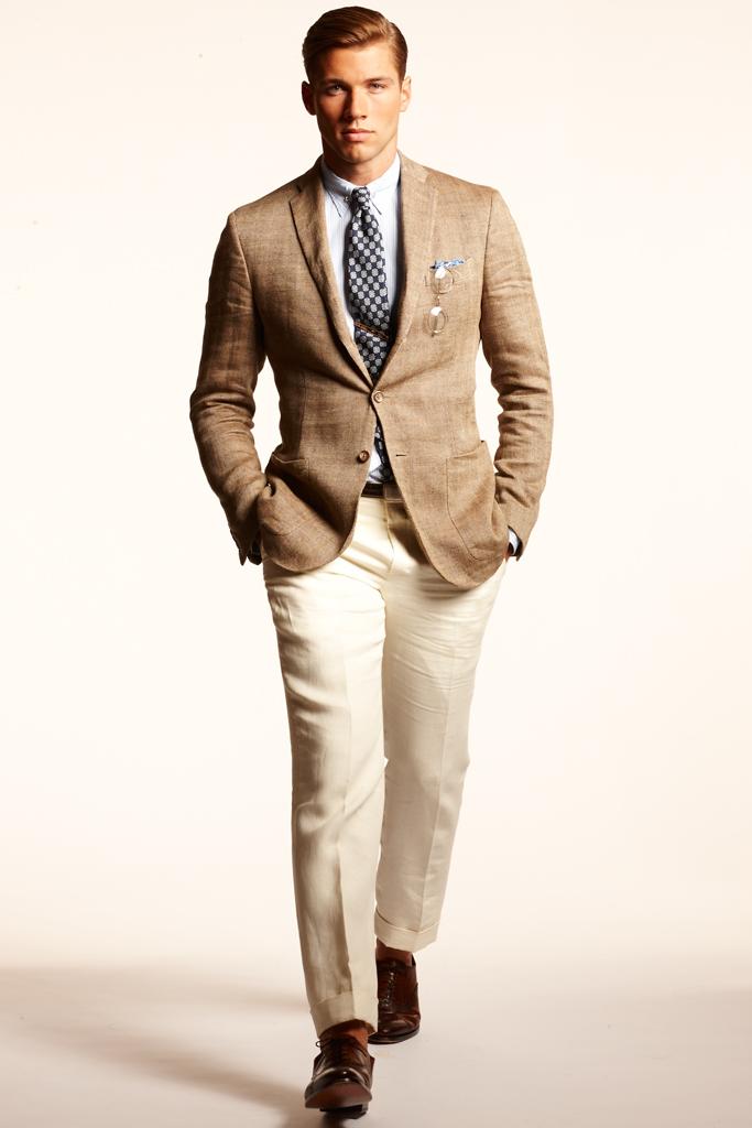 Om man finner det svårt att bära vita byxor kan det vara en bra idé att  välja en modell i benvitt samt kombinera dem med en ljusare brun ton  framför t ex ... 1917fbd22884b